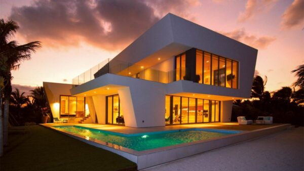 What Are The Top Reasons For Investing In Luxurious Houses?