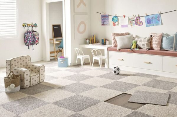 How to Choose Right Apartment Flooring for Your Home?