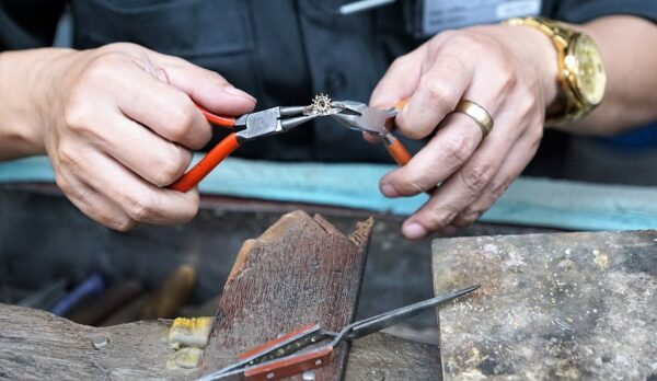 7 Things you should know before choosing a jewellery repair shop