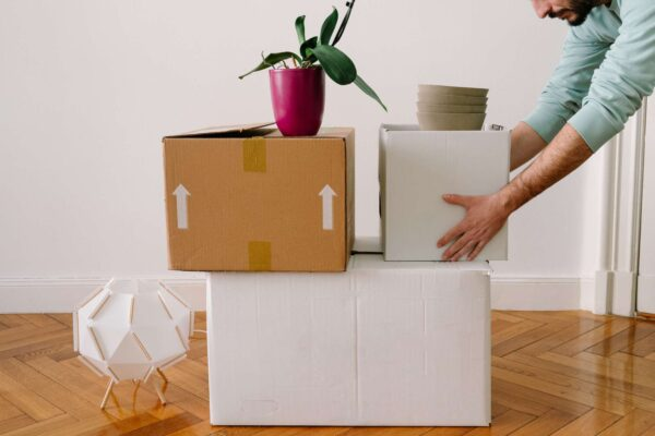 10 Efficient Ways to Plan and Prepare for A Seamless House Move!