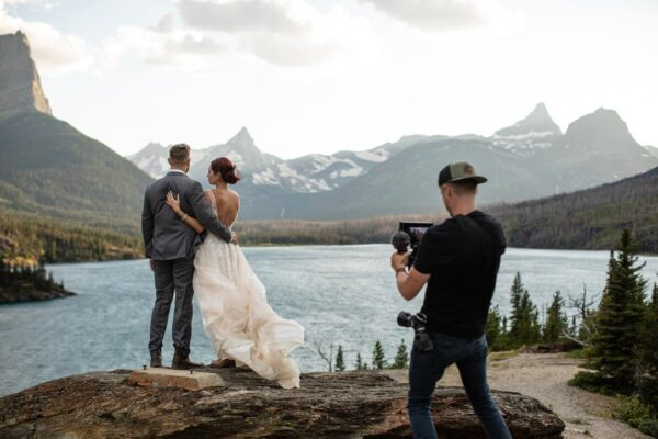 4 Tips To Choose A Professional Wedding Photographer